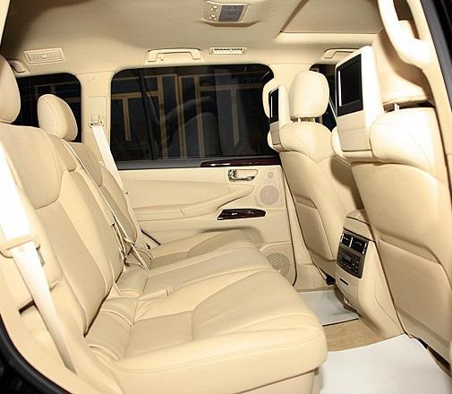 Lexus-LX570-Black-0089-H151.jpg